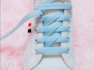 53bf5ba1f5175a Formas de amarrar zapatos,formas de amarrar agujetas converse,trucos para  atarse los cordones en formas increíbles ¿lo aprendes,como amarrar los  zapatos ...